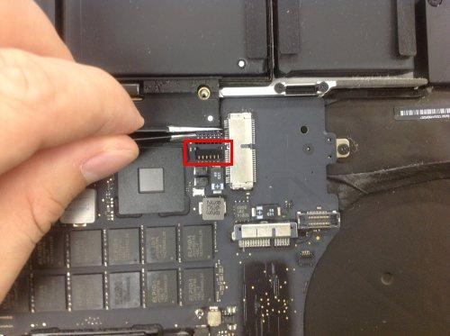 Macbook Pro Retina A1398 ロジックボード交換方法19