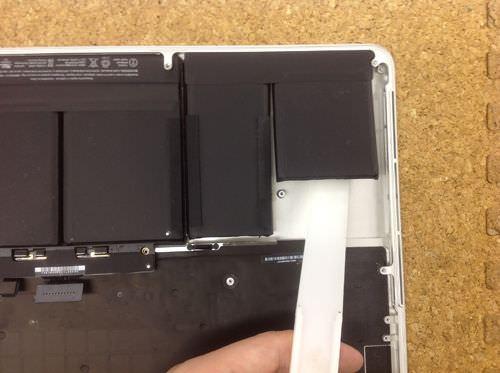 Macbook Pro Retina A1398 バッテリー交換方法3
