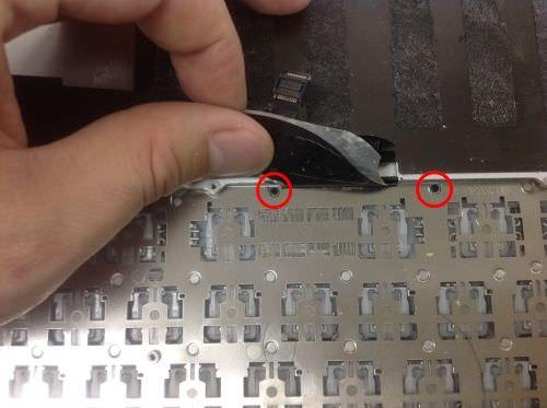 Macbook Pro Retina A1398 キーボード交換方法8