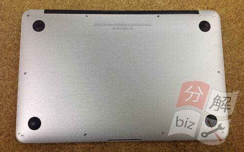 Macbook Air A1465(11インチ) キーボード交換方法2