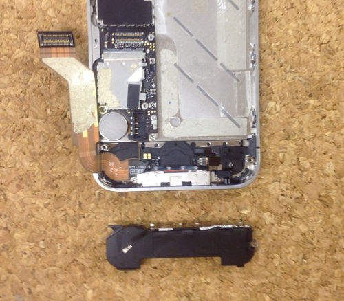iPhone4s 液晶ガラス、パネル交換方法9