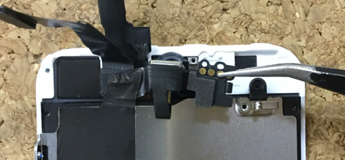 iPhoneSE フロントカメラ交換.分解方法5