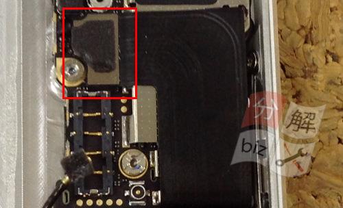 iphone5 ドックコネクター交換、イヤホン交換方法18