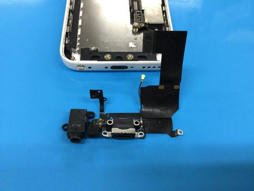 iphone5cドックコネクター交換方法4