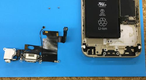 iphone6 ドックコネクター分解方法4