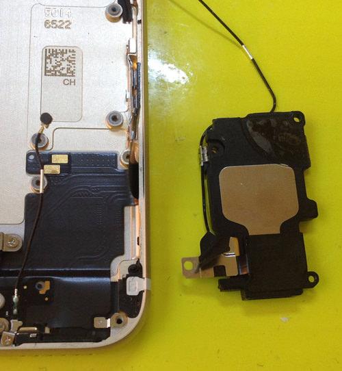 iphone6s ラウドスピーカー分解方法6