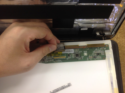 Lenovo G550 分解方法7