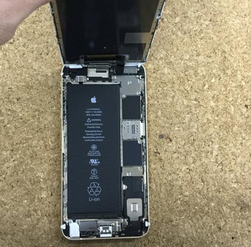 iPhone6sPlus バッテリー交換.分解方法3