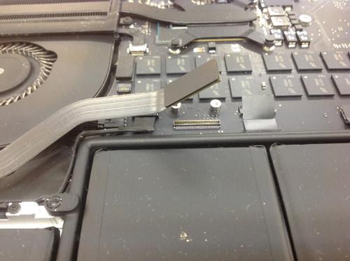 MacbookProRetina A1502 スピーカー交換方法6