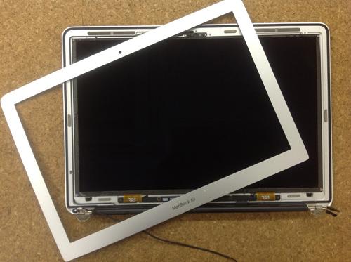 Macbook Air A1369(13インチ) 液晶パネル交換方法14