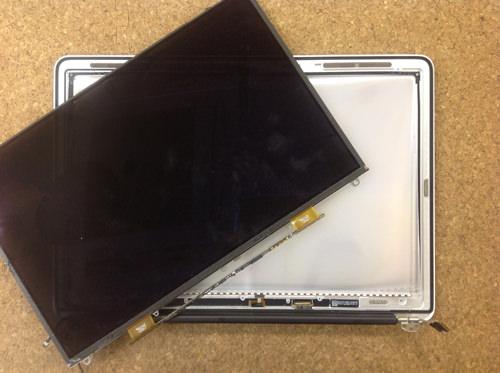 Macbook Air A1369(13インチ) 液晶パネル交換方法25