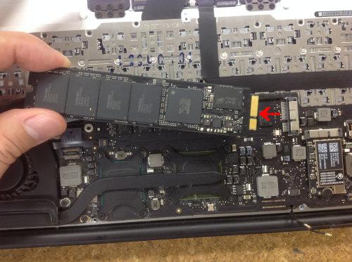MacbookAir A1370 ロジックボード交換 方法13