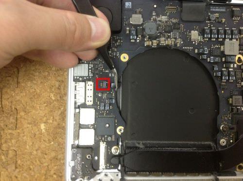 Macbook Pro Retina A1398 ロジックボード交換方法16