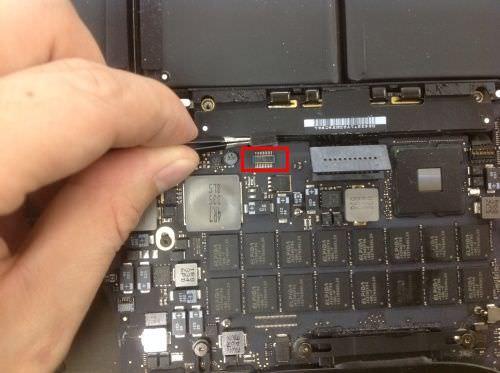 Macbook Pro Retina A1398 ロジックボード交換方法18
