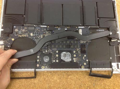 Macbook Pro Retina A1398 ロジックボード交換方法21